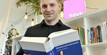 Datenschutzaktivist Max Schrems in Wien. Foto: Hans Punz/APA/dpa