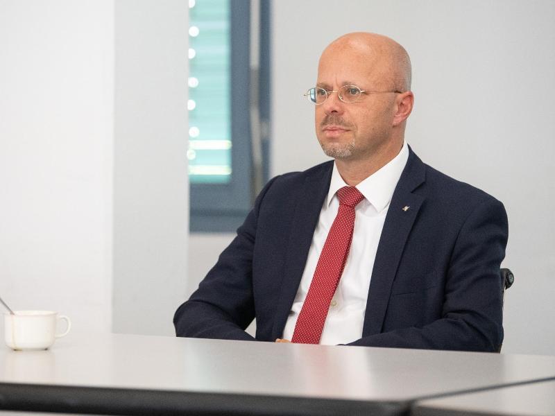 Andreas Kalbitz aus Brandenburg galt als Rechtsaußen in der AfD. Foto: Sebastian Gollnow/dpa