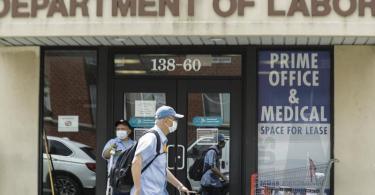 Die Konjunktur in den USA ist coronabedingt so stark eingebrochen wie noch nie. Foto: Frank Franklin Ii/AP/dpa/Symbolbild