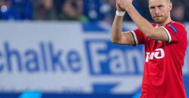 Hat sich entschlossen seine Karriere als Fußballer zu beenden: Benedikt Höwedes. Foto: Guido Kirchner/dpa