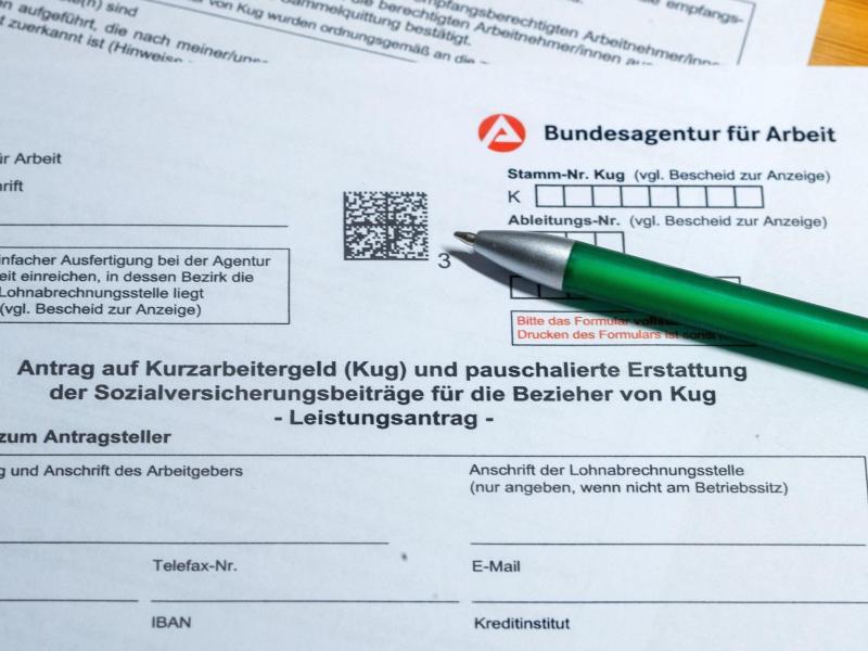 Die Bezugsdauer von Kurzarbeitergeld wird verlängert. Foto: Jens Büttner/dpa-Zentralbild/dpa