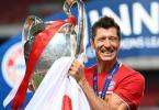 Wurde erstmals zu Deutschlands Fußballer des Jahres gewählt: Robert Lewandowski. Foto: Michael Regan/Getty Images via UEFA/dpa