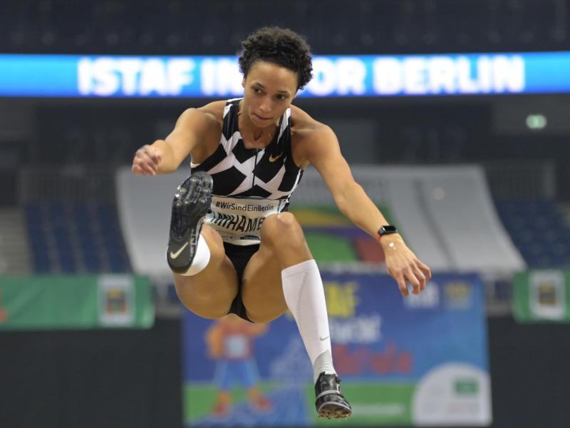 Will in Tokio zu olympischen Gold springen: Malaika Mihambo. Foto: Soeren Stache/dpa-Zentralbild/dpa