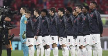 Bereit fürs Club-WM-Halbfinale: Bayerns Startelf gegen Al Ahly Kairo vor dem Anpfiff. Foto: Hussein Sayed/AP/dpa