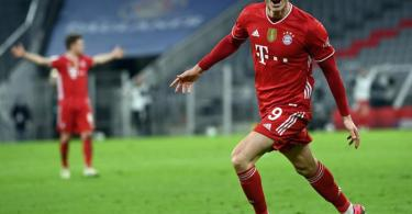 Erzielte drei Treffer gegen den BVB: Bayern-Star Robert Lewandowski. Foto: Sven Hoppe/dpa-POOL/dpa