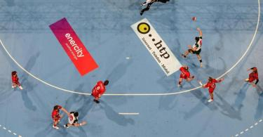 Wegen eines positiven Coronatest wurde das Spiel von TSV Hannover-Burgdorf gegen die Eulen Ludwigshafen kurzfristig abgesagt. Foto: Swen Pförtner/dpa