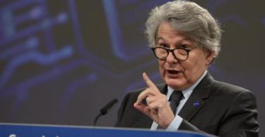 «Wir werden sicherstellen, dass alles in Europa bleibt, bis die Firma ihre Zusagen einlöst»: Thierry Breton. Foto: Virginia Mayo/Pool AP/dpa