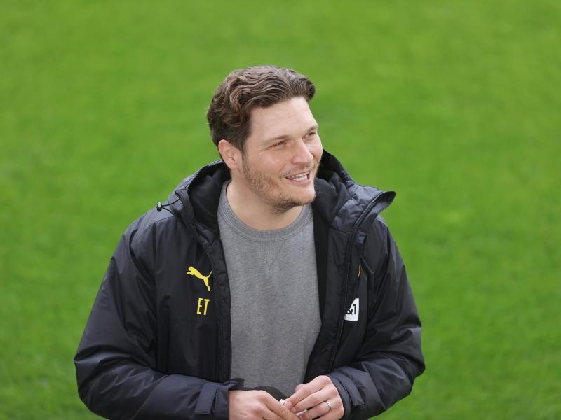 Blickt dem Rückspiel gegen Manchester City zuversichtlich entgegen:BVB-Coach Edin Terzic. Foto: Lars Baron/Pool Getty/dpa