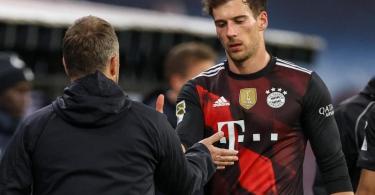 Gegen Paris Saint-Germain gehört Leon Goretzka (r) nicht mit zum Kader von Bayern München. Foto: Jan Woitas/dpa-Zentralbild/dpa