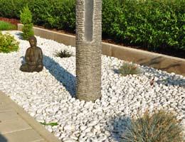 beet mit kies gestalten und steine im garten picture picture, Garten und erstellen