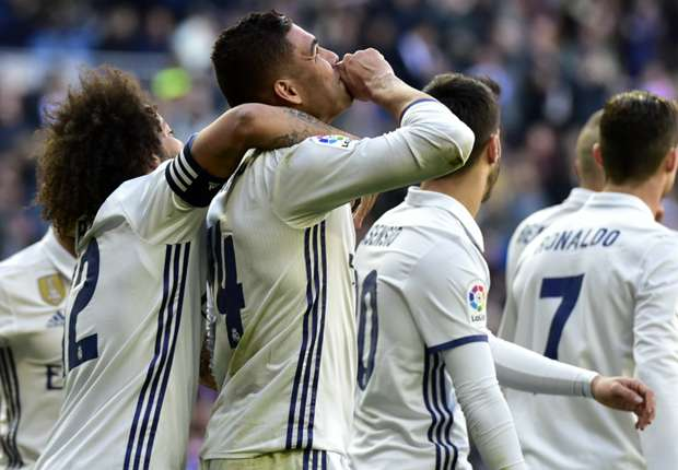 Real Madrid goleia Granada (5-0)