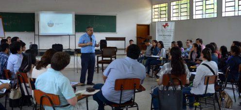 DENDE desarrolló el III Programa de Liderazgo Universitarioen la FIUNA