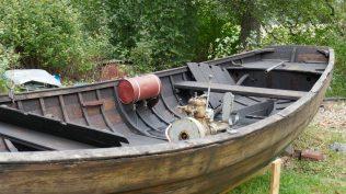 Föreningen Allnogebåtar visar hur man underhåller gamla båtar