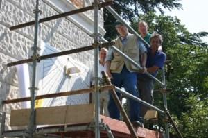 I lavori in corso e gli addetti ai lavori; l'edificio e' proprieta' della Provincia di Trieste