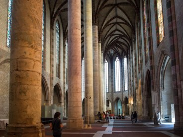 Church of the Jacobins. A single row of huge columns rather than the more common double row.