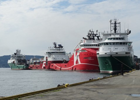 Oil rig sevice ships in Bergen,