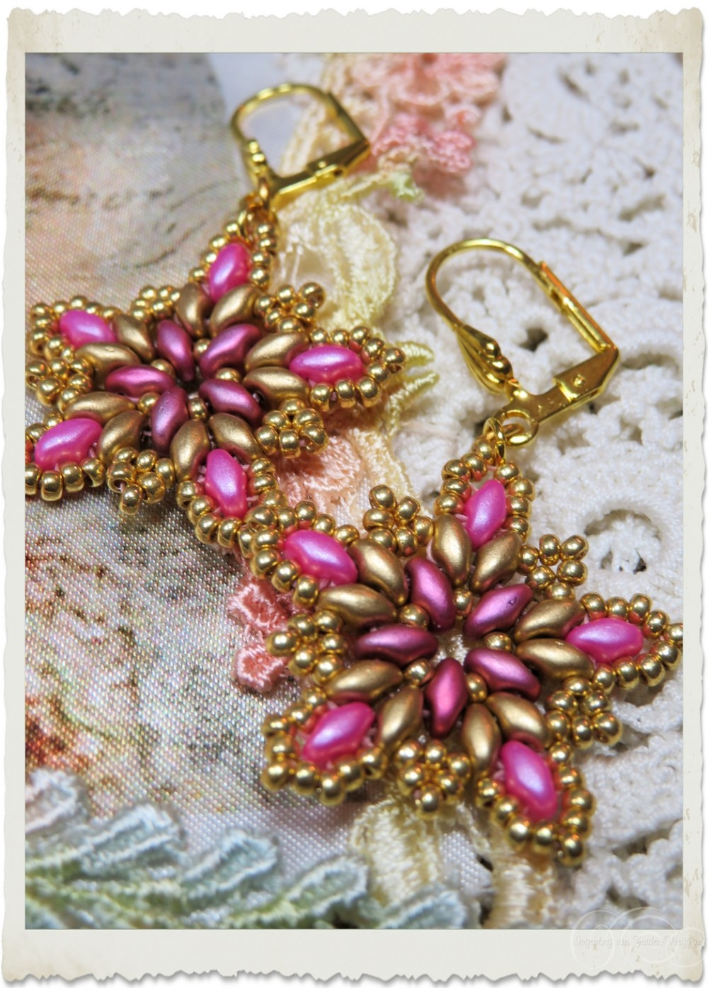 Pink gold star earrings with superduo beads