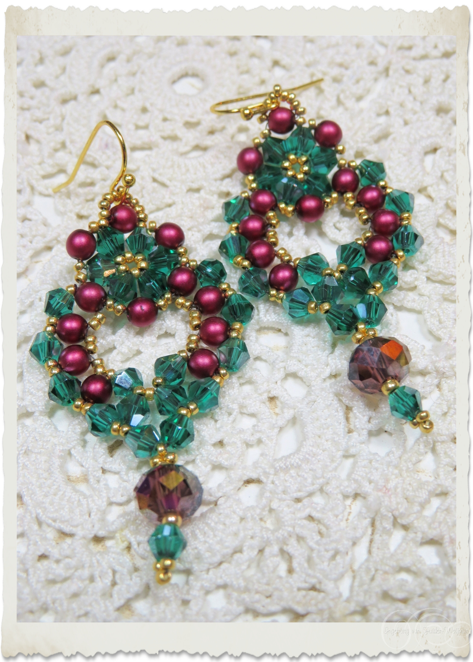 Christmas earrings with bicones and pearls
