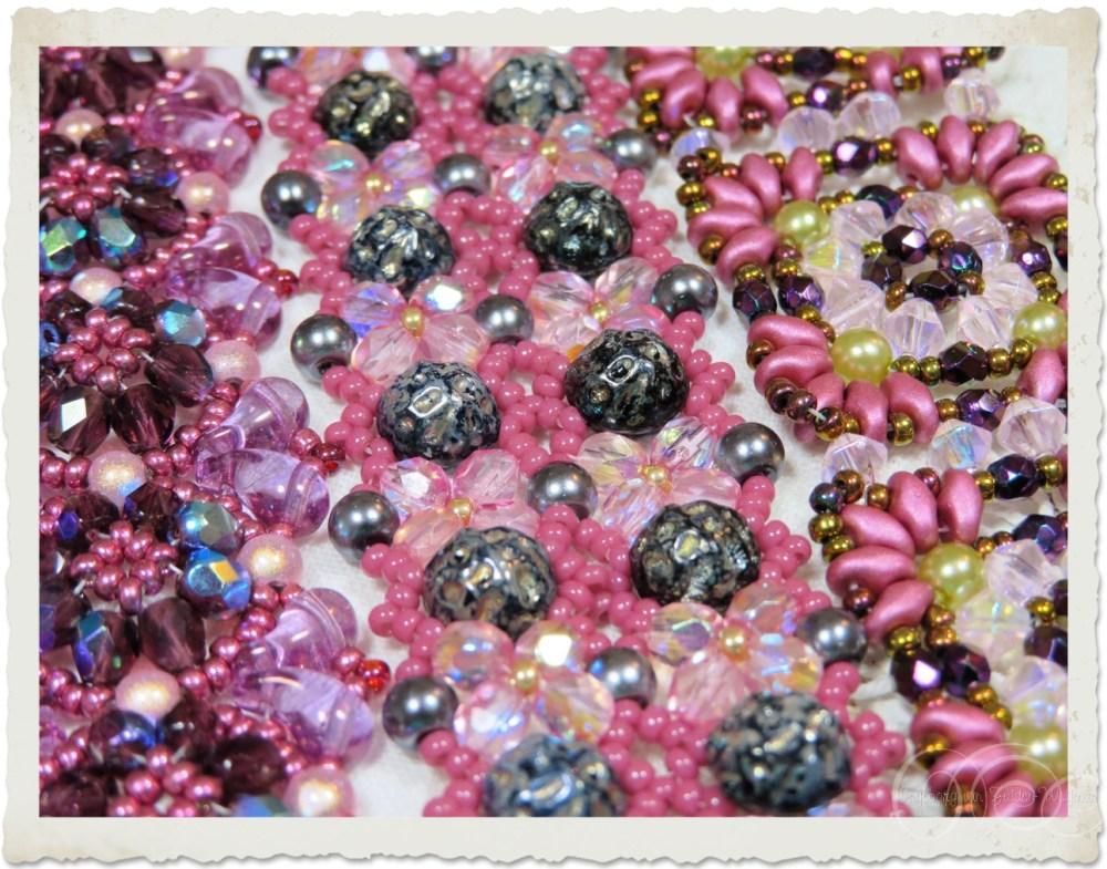Details of 2-hole baroque cabochon beads