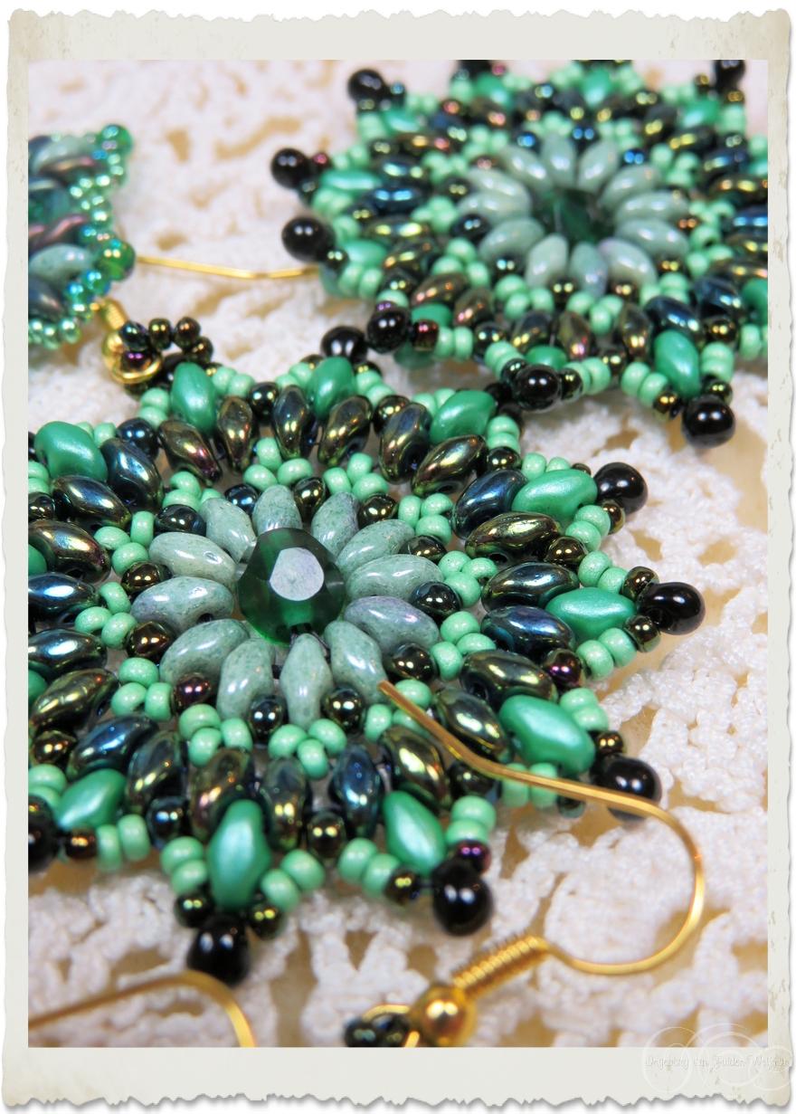 details of superduo star earrings