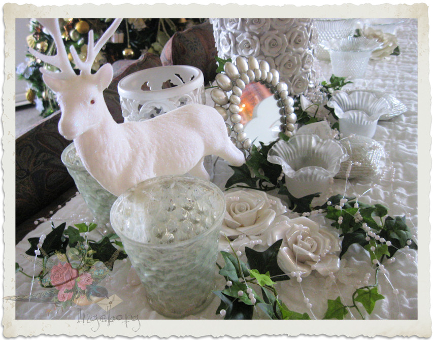 Sparkling shabby decorations for Christmas