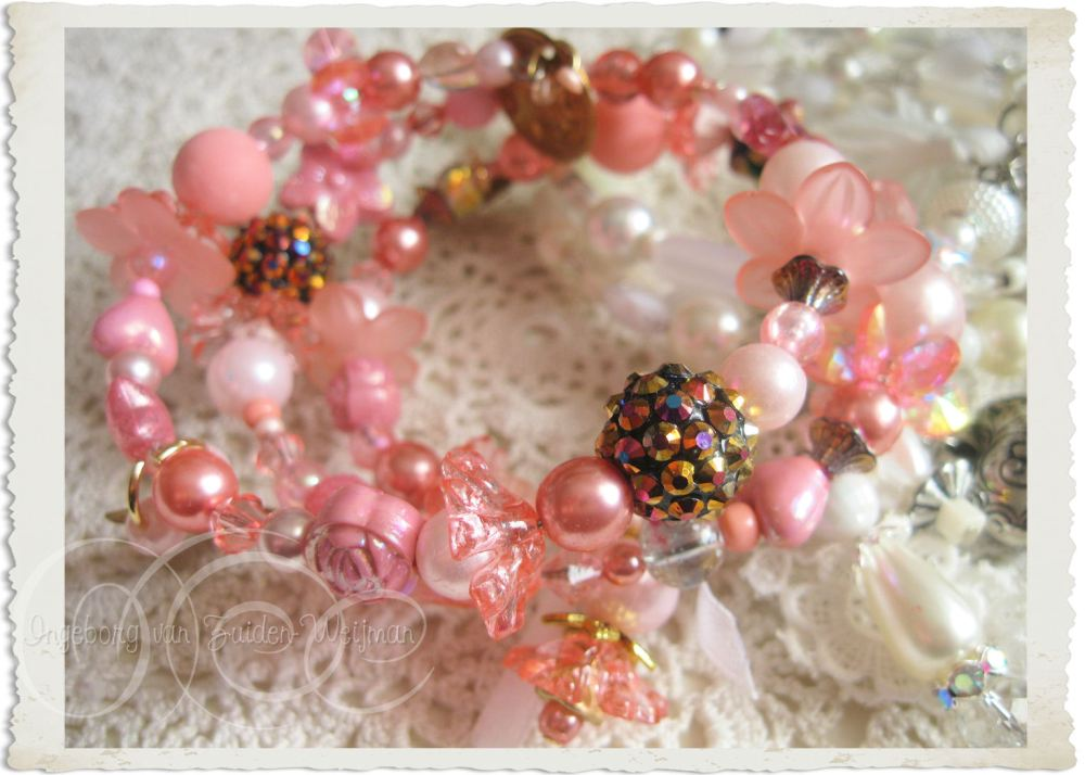Handmade pink shiny memory wire bracelet