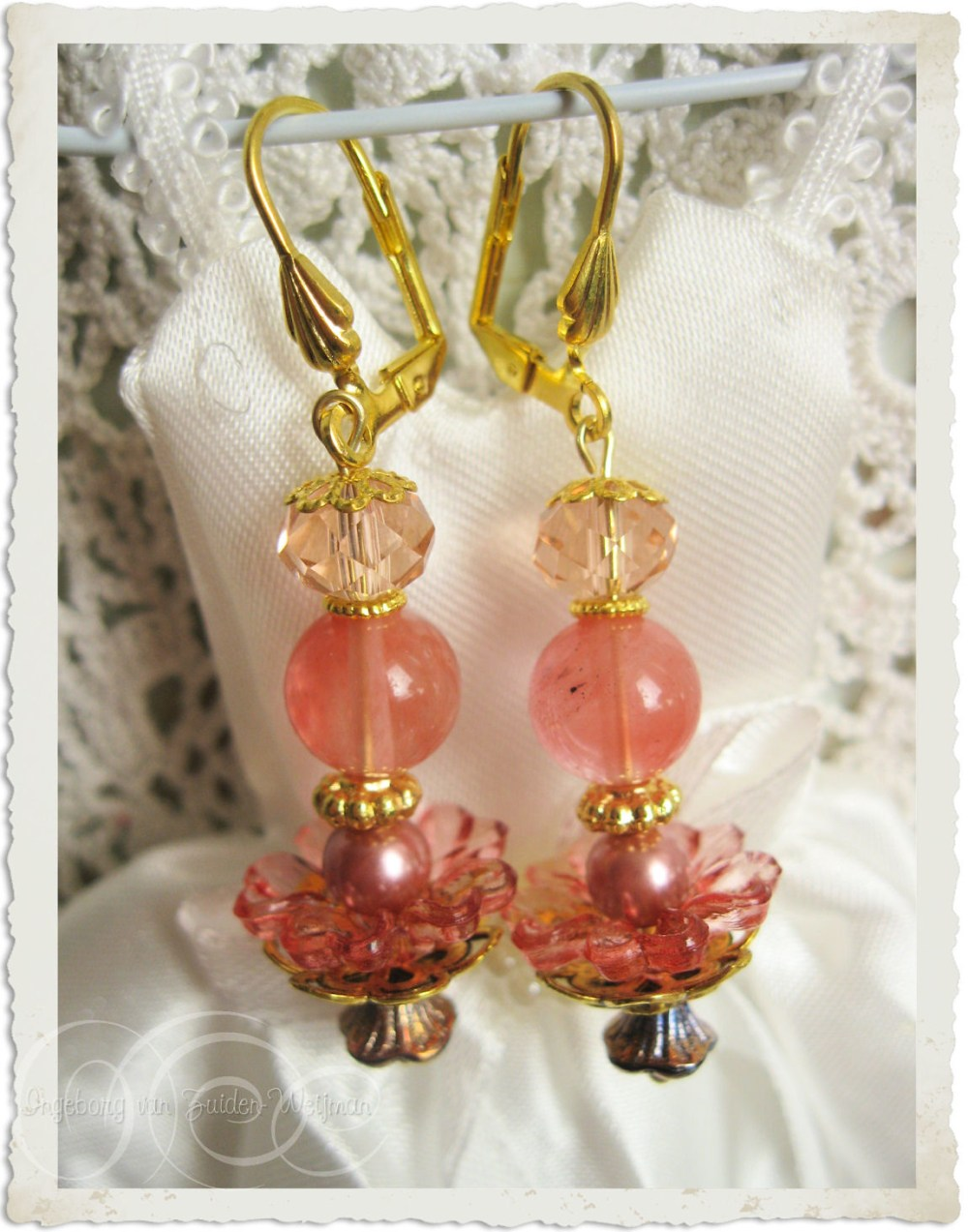 Handmade earrings with cherry quartz by Ingeborg