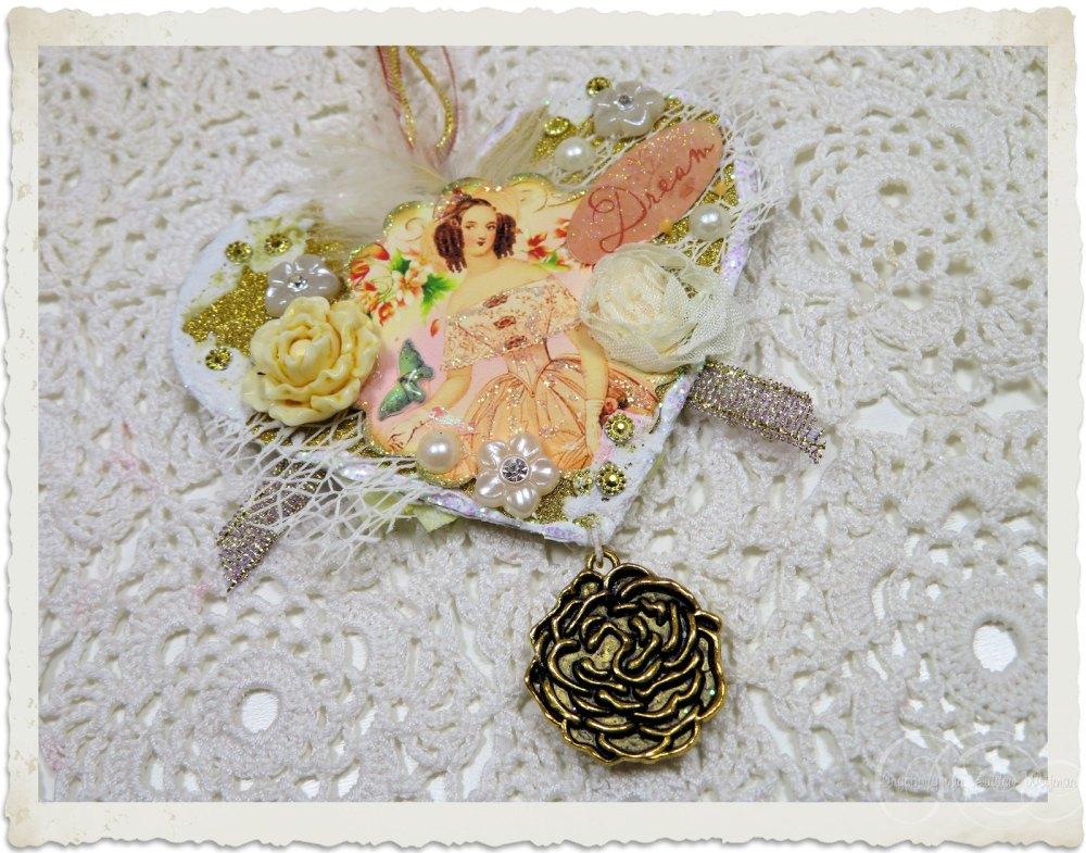 Regency style heart hanger by Ingeborg van Zuiden Weijman - my fairy beautiful world