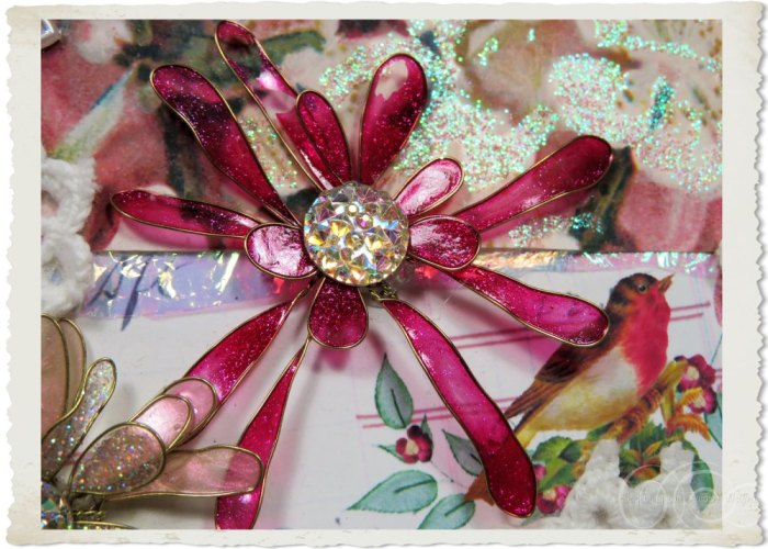 Pink wired flower with bling heart