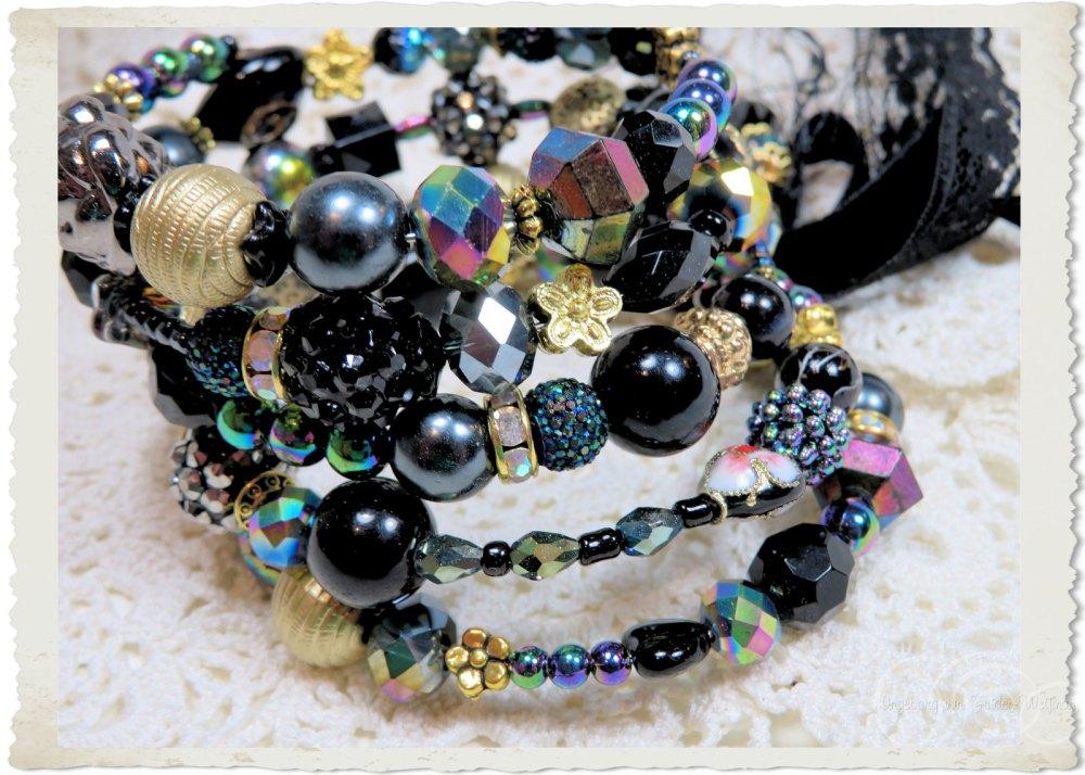 AB beaded bracelet by Ingeborg van Zuiden