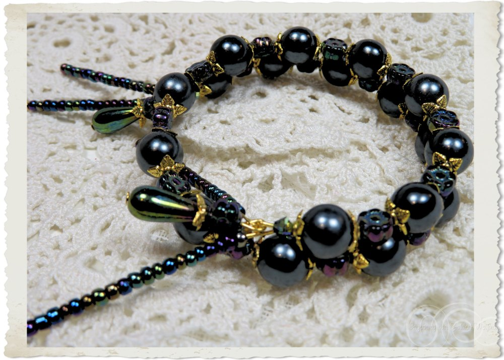 Black gold pearls and golden findings