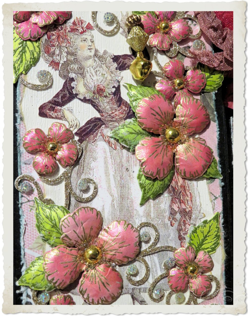 Marie-Antoinette with Oakberry Lane flowers from Heartfelt Creations