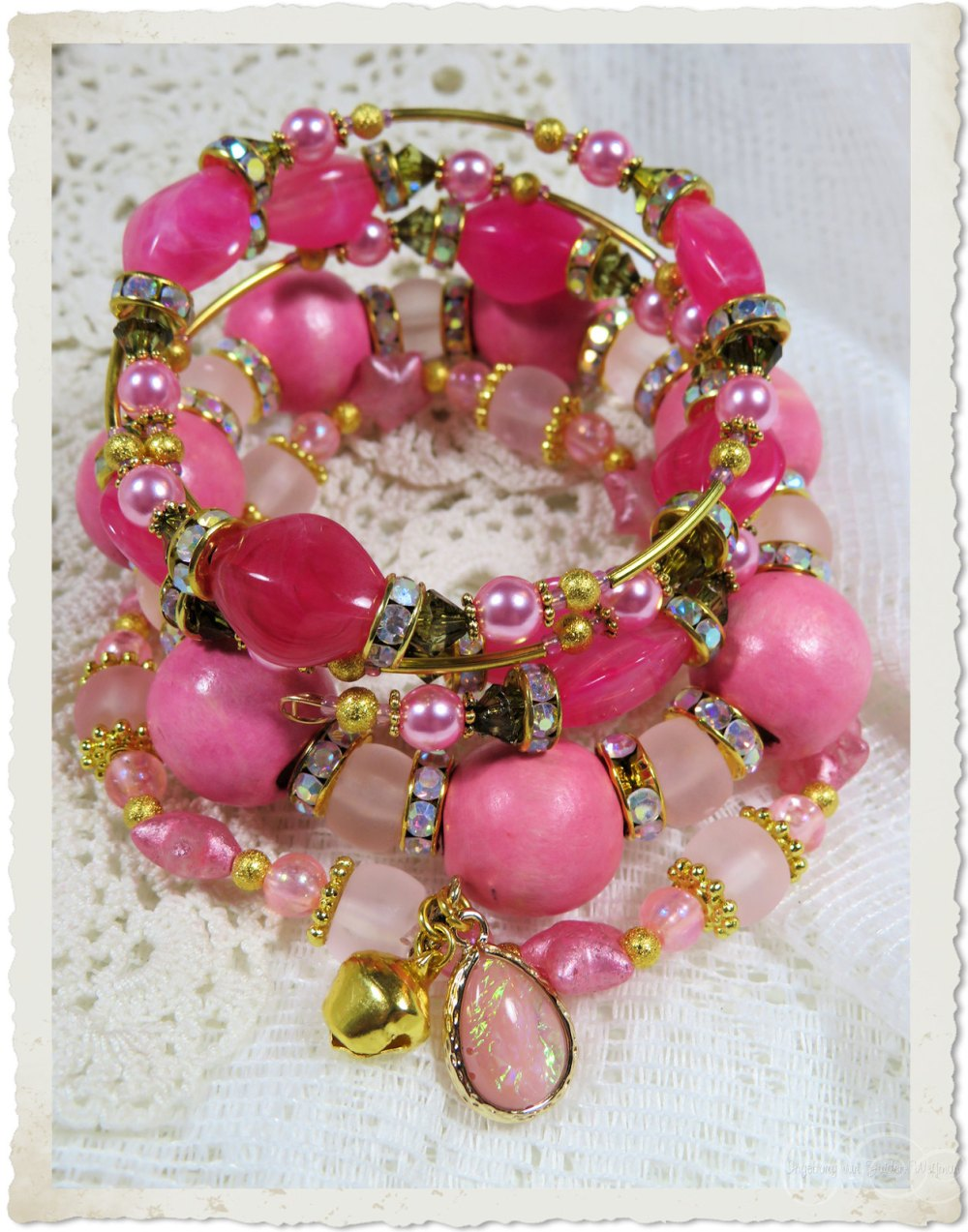 Handmade pink bracelets by Ingeborg van Zuiden