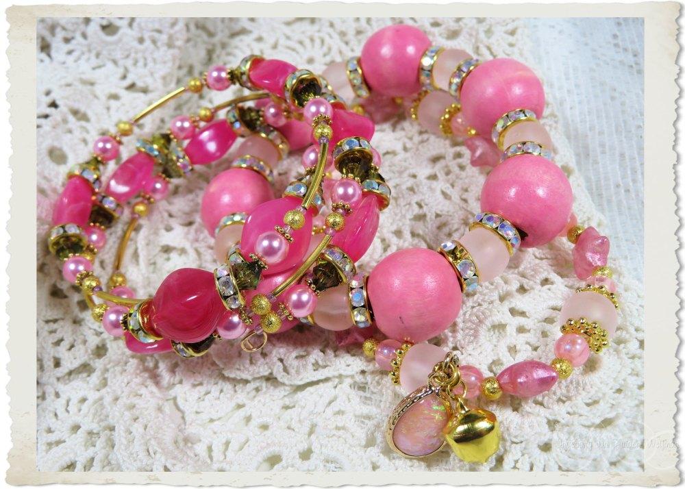 Set of three handmade pink bracelets by Ingeborg van Zuiden