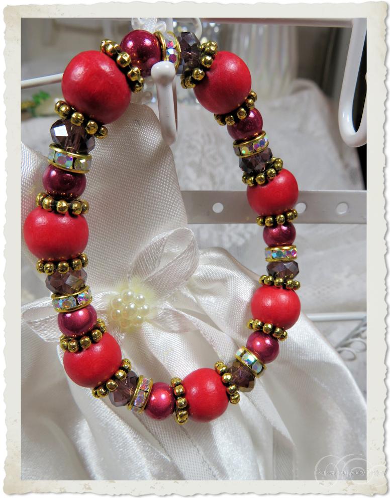 Red ball bracelet