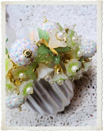 Spring flower charm bracelet by Ingeborg van Zuiden