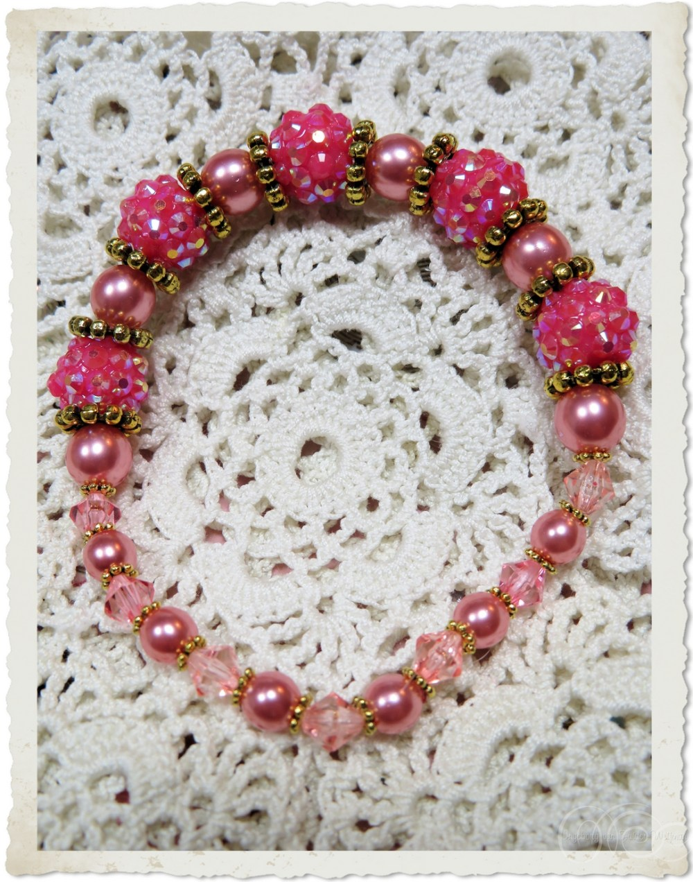 Handmade pink pearl shamballa bracelet by Ingeborg van Zuiden