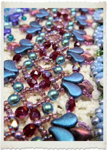 Details of purple blue bracelet with pearls, paisley, czech and seed beads