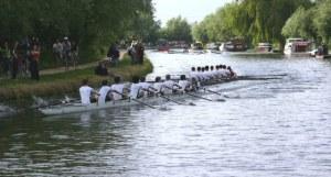 Balseros en el Río Cam