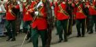 legion de Inglaterra tocando el himno