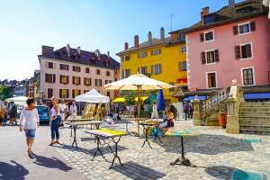 Feria de ciudad en verano