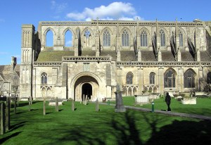 South front of the nave of Malmesbury Abbey. Photo by Adrian Pingstone.
