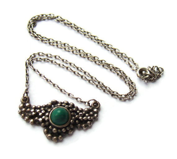Malachite and sterling silver pendant necklace, with granulated decoration.