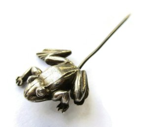 Vintage sterling silver frog stick pin. For sale in my Etsy shop: click on photo for details.