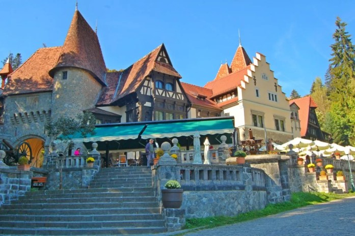 Sinaia, Romania - where you will feel like royalty | IngridZenMoments