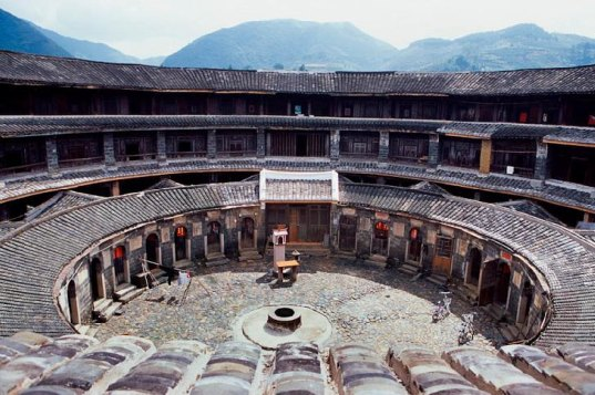 sustainable design, green design, self-sufficient communities, hakka houses, china, tulou communities, rammed earth walls, world heritage site