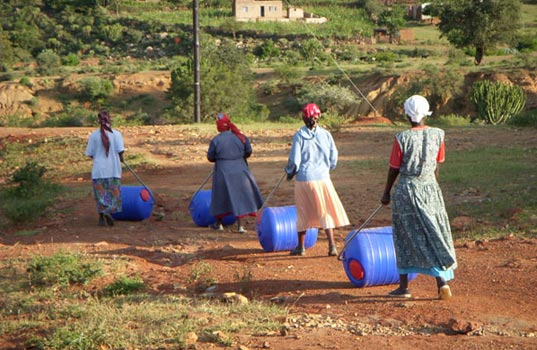 Project H Design, Emily Pilloton, South Africa, Hippo Rollers, water transport, sustainable livelihood, humanitarian projects, design can change the world, projecth4.jpg