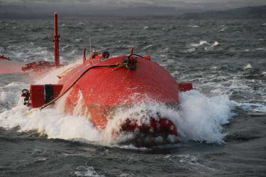 Portugal's wave farm ready to launch, wave power, Portuguese Wave Farm, Portugal Pelamis Farm, wave electricity, green wave power, sustainable wave power, renewable energy source, portugal, pelamis machines, pelamis wave power, wave farm