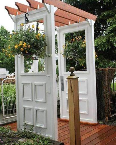 Repurpose Doors And Windows In The Garden (Photo Gallery …