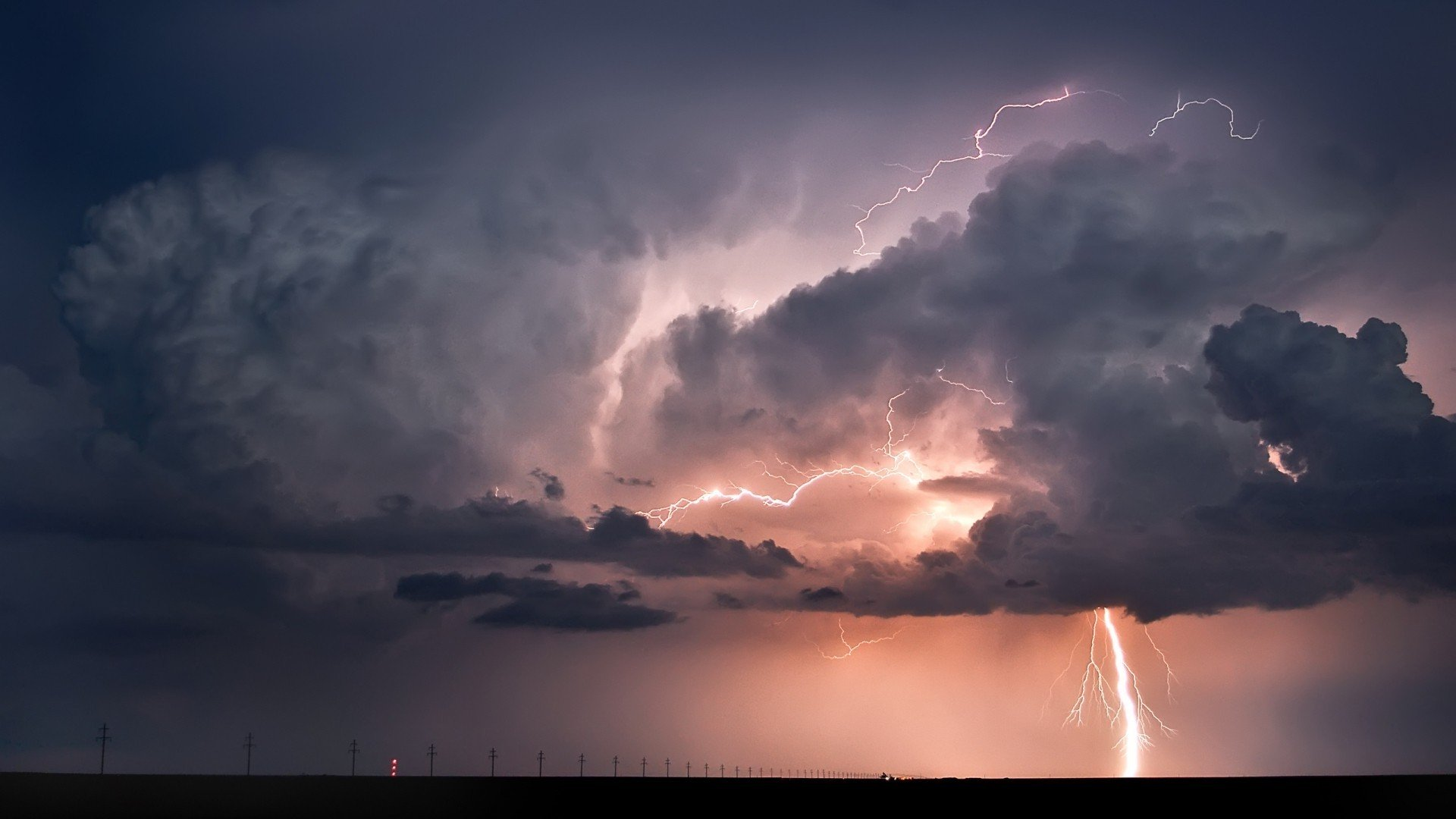 309946-nature-landscape-clouds-horizon-lightning-storm